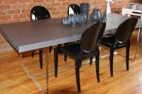 A&A Dining Table in Grey