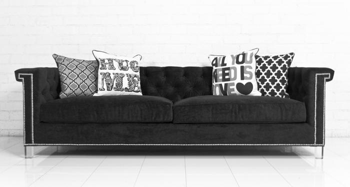 Sinatra Sofa In Black Velvet