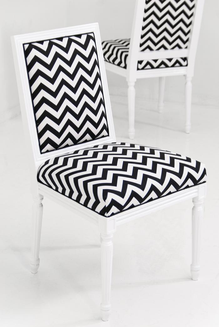 Attrayant Bordeaux Chevron Print Dining Chair