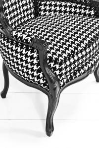 Www Roomservicestore Com Houndstooth Balloon Chair