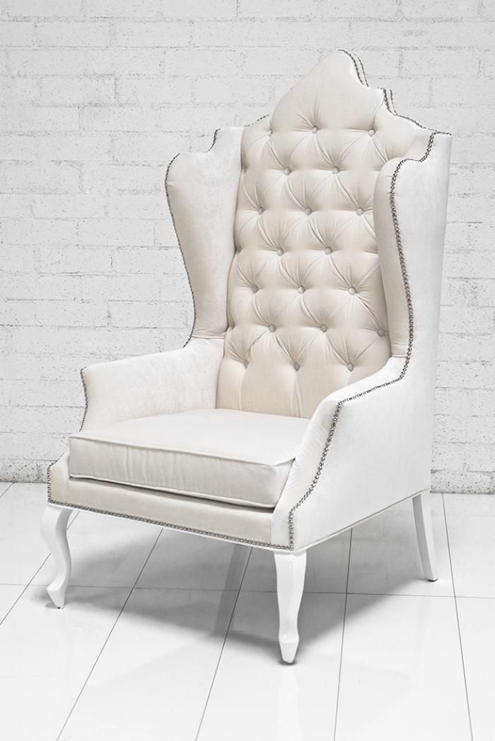 Attrayant Casablanca Wing Chair In Off White Velvet