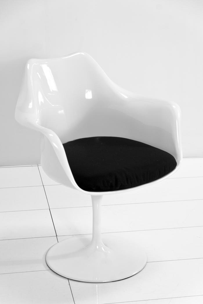Saarinen Style Arm Chair