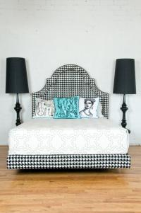 Houndstooth Hollywood Bed