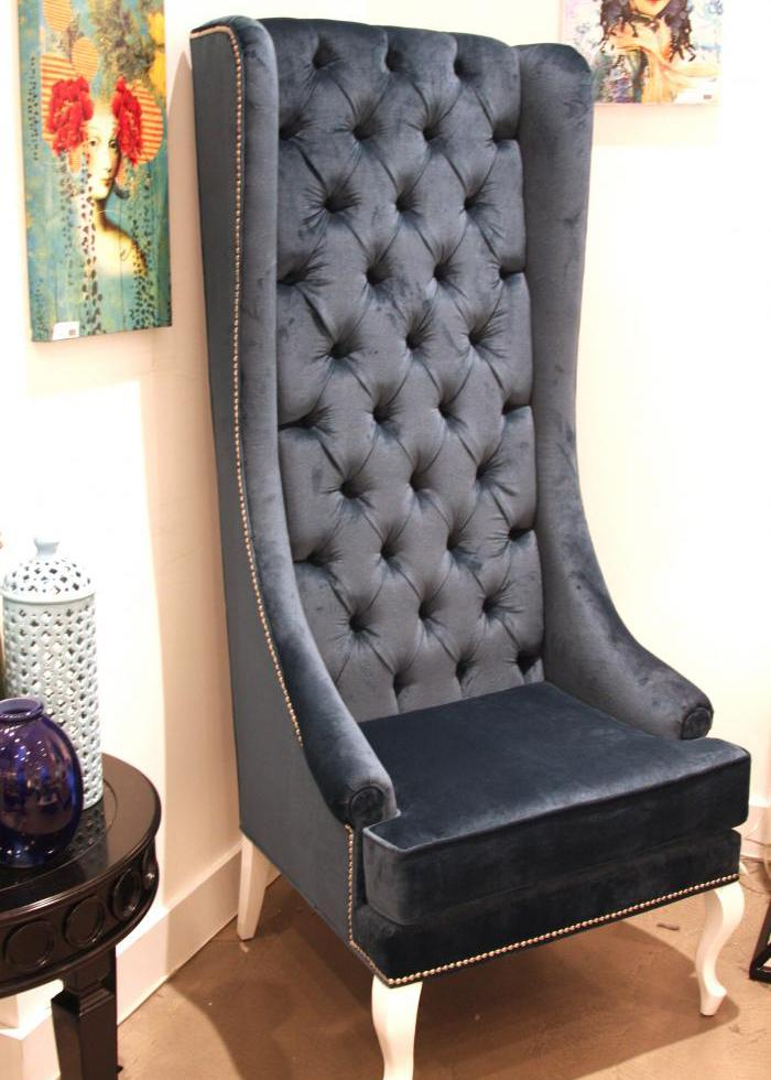 Merveilleux Lolita Tall Wing Chair