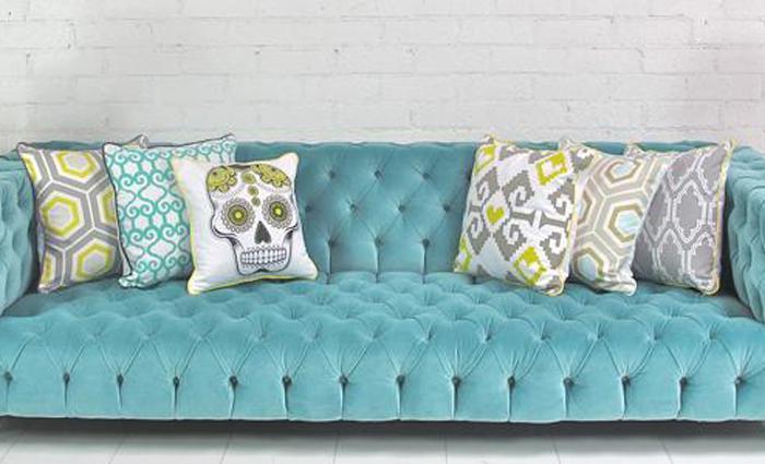 Boca Tufted Aqua Velvet Sofa