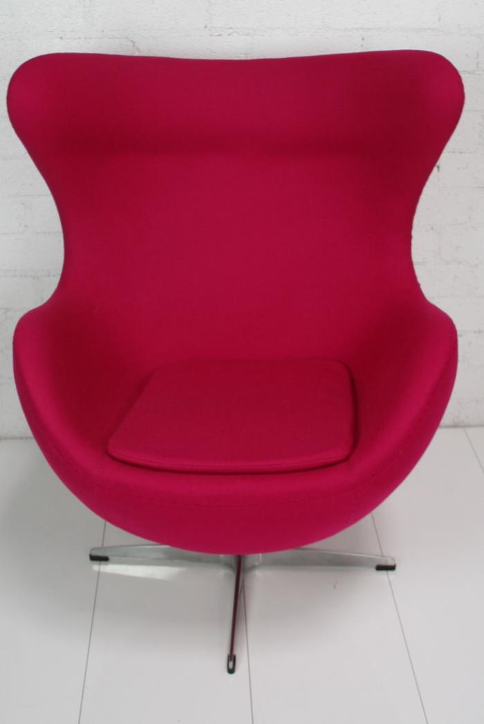 Arne Jacobsen Eggchair with Ottoman(More Colors)