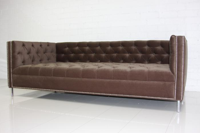 Pee New Deep Tufted Sofa