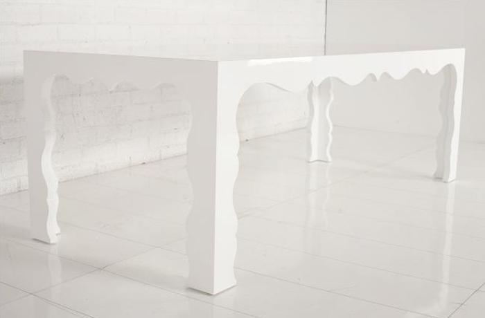 Baroque Dining table - white lacquer