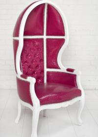 Balloon Chair in Magenta
