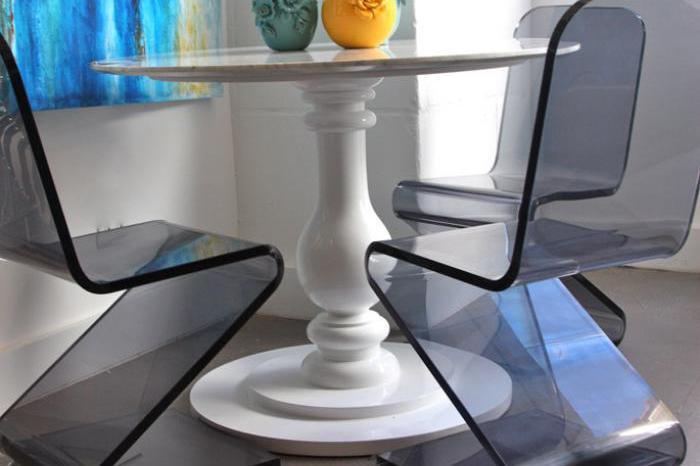 Delano Round Dining Table in White