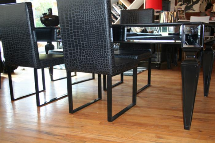St Tropez Black Mirrorred Dining Table