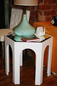 Moroccan Side Table in White with Mirrortop