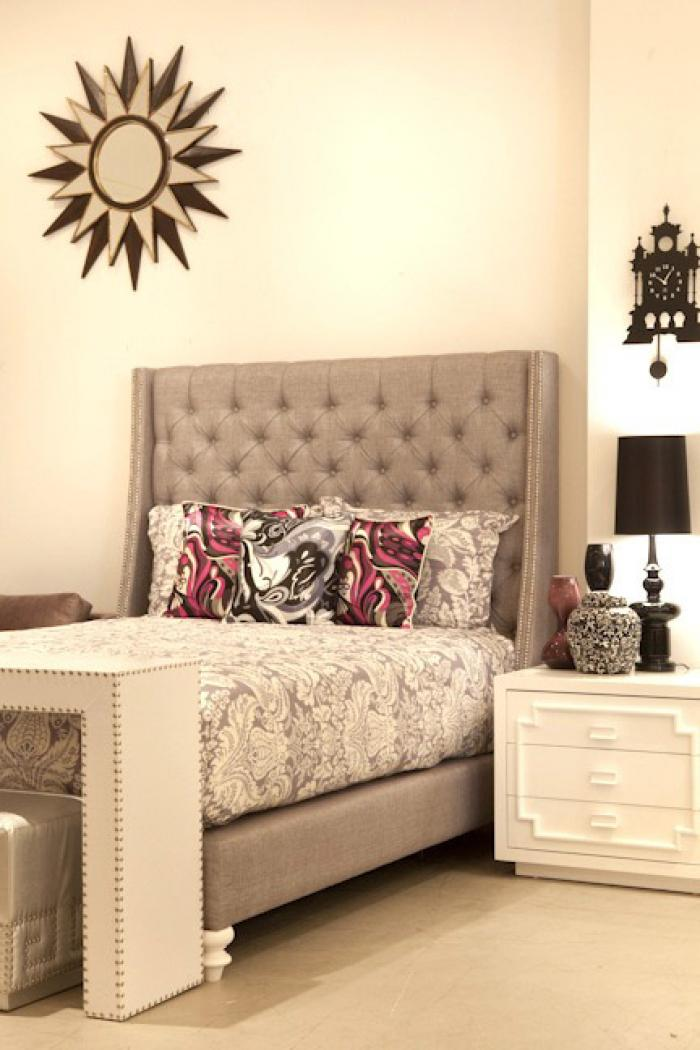 St. Tropez Bed in Silver Grey