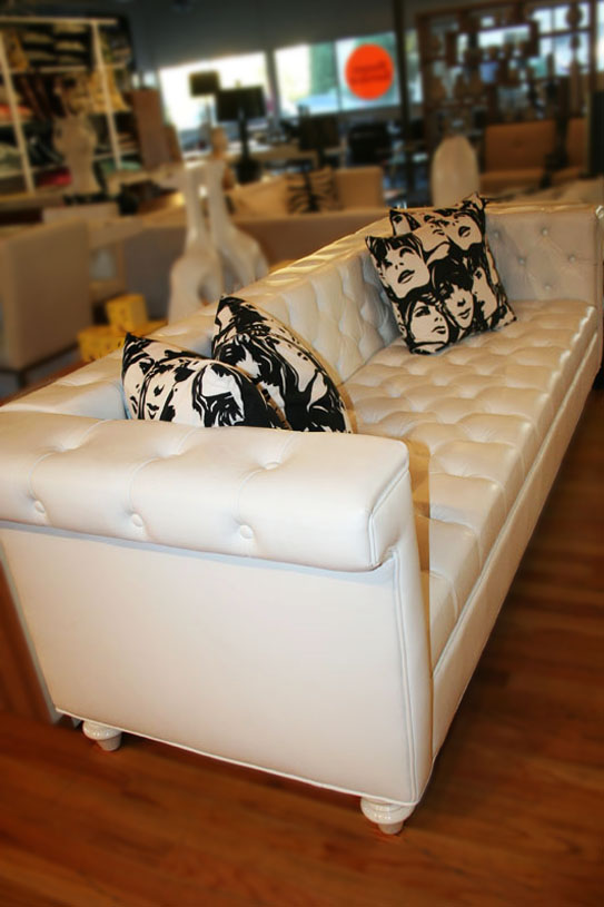 http://www.roomservicestore.com/images/sofas/sinatra_sofa_faux_leather_white2_543.jpg